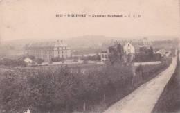 CPA 90  BELFORT , Caserne  Béchaud. - Belfort - City