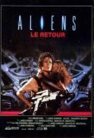 POSTCARD PROMOCARD ALIENS LE RETOUR TEMATICA THEMATIC UFO ALIEN SCRITTE SUL RETRO - Pubblicitari