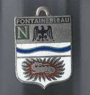 Ecusson / Ville De FONTAINEBLEAU/ Vers 1950                D221 - France