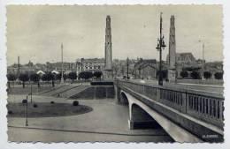 St QUENTIN--Vue Prise Du Passage Supérieur (pont)   ,cpsm 9 X 14 N° 505  éd  La Cigogne - Saint Quentin