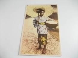 Donna In Costume Asiatica Giapponese Contadina Venditrice Di Riso - Costumi