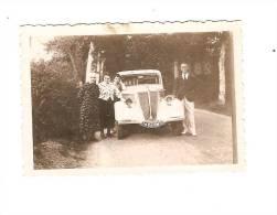 AUTOMOBILE - RENAULT PRIMAQUATRE N° 1466 NM 3 Et Ses Propriétaires Basques - Automobile