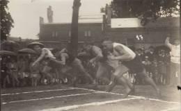 Photo Carte Postale Polizei Militar Schule Brandenburg Police Militaire 1930 Harz Sportfest Sport 100m Start - Guerre, Militaire