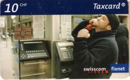 Suisse : Téléphoner En Public 10 CHF - Téléphones