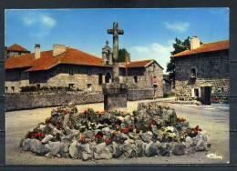 SAINT REGIS DU COIN . La Place .   Voir Recto Verso    (R305) - Frankrijk