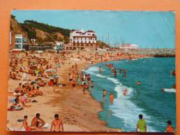 E1-b-espagne--arenys De Mar--playa-plage--animee - Espagne