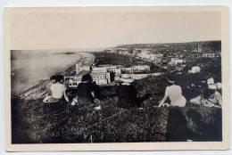DIEPPE--- Vue Générale Sur La Plage (animée Au 1er Plan) ,cpsm  9 X 14 N° 5   éd  Réant - Dieppe