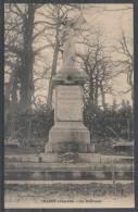 53 - CHANGE - Le Monument - France
