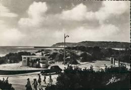 Barneville-sur-Mer Manche 50. La Plage. Entrée De La Rampe. Traction Avant Citroën. WC Publics. - Barneville