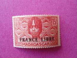 Madagascar Poste Neuf  N° 235 ** ( Lot 19 ) - Madagascar (1889-1960)