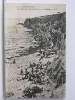 (29) - CONCARNEAU - LA PLAGE DES SABLES BLANCS ET LA FALAISE - ANIMEE - 1929 - Concarneau