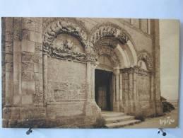 17 - Talmont - Eglise Romane - Neuve - Scan Recto-verso - France