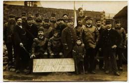 7320 - Indre Et Loire -  CHISSEAUX  :  LES POILUS DU POSTE 18 - 1915 - Carte Photo Par A. Charrouin Phot. à Tours - Personnes Identifiées