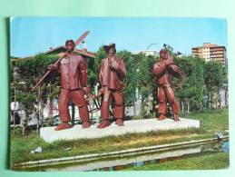 LAREDO - Monumento Al Pescador - Cantabria (Santander)