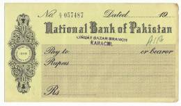 Pakistan 1949 National Bank Pakistan UNused Cheque - Banque & Assurance