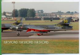 Privataufnahmen: Hawker Hunter 30 Jahre Patrouille Suisse, 1994/1995 In UK Die Letzte Vorführung Mit Der Hunter. - Aviation