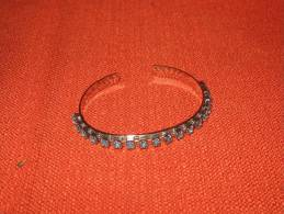 1 Bracelet Fantaisie - Bracciali