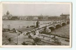 SAINT PETERSBOURG : Pont Nicolas.  2 Scans. - Rusland