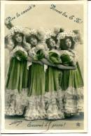 2 Scans - Photo NADAR - Danseuses Mimant La Cannib's - Fête Des Gatz'arts - Folklore Arts Et Métiers -  Voir Description - Cluny