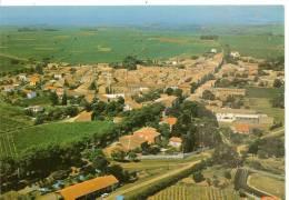 17414 - POMEROLS -  VUE AERIENNE SUR L´ENSEMBLE DU VILLAGE. EN ARRIERE PLAN: SETE - France