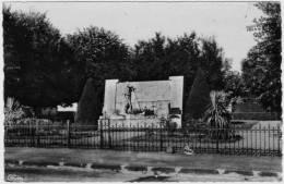 Commentry Le Monument Aux Mort Combier - Commentry
