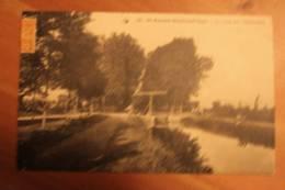 225 SAINT AMAND MONTROND LE CANAL AUX FROMENTAUX - Saint-Amand-Montrond