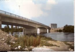 CHATELLERAULT: Le Pont De La Cornière - Chatellerault