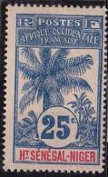 Haut-Sénégal Et Niger N° 8 Neuf Avec Charniere - Opper-Senegal En Niger (1904-1921)