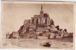 50. LE MONT SAINT MICHEL. VUE GENERALE DU MONT A L'ARRIVEE. Editions D'art YVON - Le Mont Saint Michel