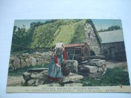 - Coutumes, Moeurs Et Costumes Bretons - 347 PLOUGASTEL DAOULAS(Finistère) Jeune Femme Au Puits - Plougastel-Daoulas