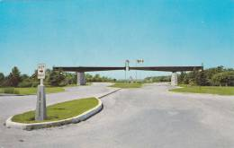 Entrance Gates To The Peace Gardens,  Boissevain,  Manitoba,  Canada,   40-60s - Other