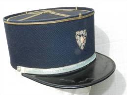 TRES BEL ANCIEN KEPI POLICE - INSIGNE BRODE MAIN -  Années 1960 à Voir ..............#.5 - Police & Gendarmerie