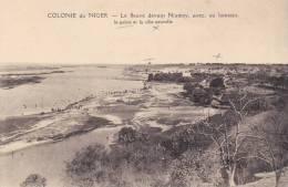 CPA COLONIE DU NIGER LE FLEUVE DEVANT NIAMEY AVEC AU LOINTAIN LE PALAIS ET LA VILLE NOUVELLE - Niger