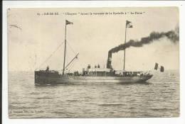 """ILE DE RE , """" L' Express """" Faisant La Traversée De La Rochelle à """" La Flotte """" , CPA ANIMEE - Ile De Ré"""