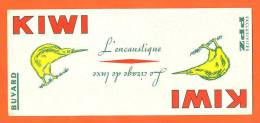 "Buvard  ""  Le Cirage De Luxe Kiwi   "" - Buvards, Protège-cahiers Illustrés"