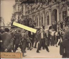 Paris Hotel De Ville  Barricades Liberation Leclerc 2e Db   Vichy Collaboration  WWII 2wk Ww2 39-45 1939-1945 - Non Classificati
