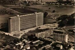 (21)   CPSM Dentelée N&B  -  DIJON  -  Cité D'H.L.M. Billardon  - - Dijon
