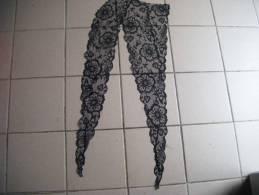 2 Dentelle Noire  Long 72 Cm- - Laces & Cloth