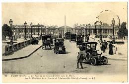 75 PARIS 08 LE PONT DE LA CONCORDE PRIS VERS LA PLACE SUR LE MINISTERE DE LA MARINE ET L AUTOMOBILE CLUB DE FRANCE - Arrondissement: 08