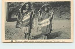 MISSIONS DE SCHEUT  - Paniers Que Les Femmes  Igorottes Emploient Pour S'abriter De La Pluie. - Philippines