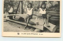 MISSIONS DE SCHEUT  - La Petite Igorotte, En Repos. - Philippines