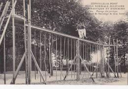 Militaria - Sports - Ecole Normale Militaire - Exercice Sauvetage - Militaria