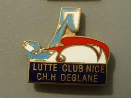 PIN´S LUTTE - CLUB NICE CH / H DEGLANE - Lutte