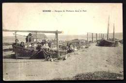 CPA ANCIENNE- FRANCE- BERRE (13)- BARQUES DE PECHEURS DANS LE PORT- TRES GROS PLAN AVEC BELLE ANIMATION- PORTIQUE - Otros Municipios