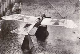 CPSM AVION MONOPLAN TAUBE CAPTURE EN 1914 EXPOSE AUX INVALIDES ALLEMAGNE GUERRE 1914 18 ALLEMAGNE 29 AV TRANSFUSINE 1963 - 1914-1918: 1st War