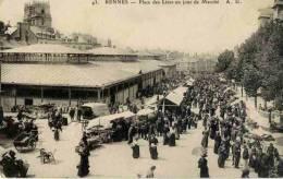 CPA 35 RENNES PLACE DES LICES UN JOUR DE MARCHE - Rennes