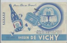 Buvard -   BASSIN DE VICHY PASTILLES ET EAUX FONTAINE