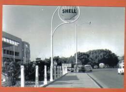 MALTA - PETROL STATION  IN PIETA MALTA IN  THE 60s  -  POSTCARD SIZE PHOTO - Reproductions