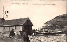Fécamp - La Baleinière De Sauvetage Sort De L'abri - Animée - Fécamp