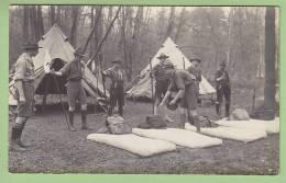 Inspection Du Matin. Chamarande. RARE. CARTE PHOTO Années 1920. Scouts De France. 2 Scans - Scoutisme